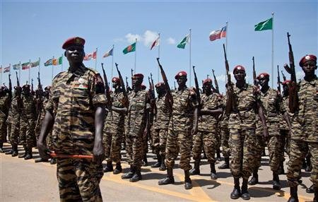 Sudan People's Liberation Army (SPLA) soldiers take part in their 29th anniversary celebrations in South Sudan's capital Juba, May 16, 2012. REUTERS/Adriane Ohanesian