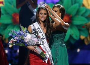 Miss Nevada USA Nia Sanchez is crowned Miss USA during …