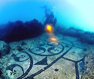Coolest underwater attractions (3/6)