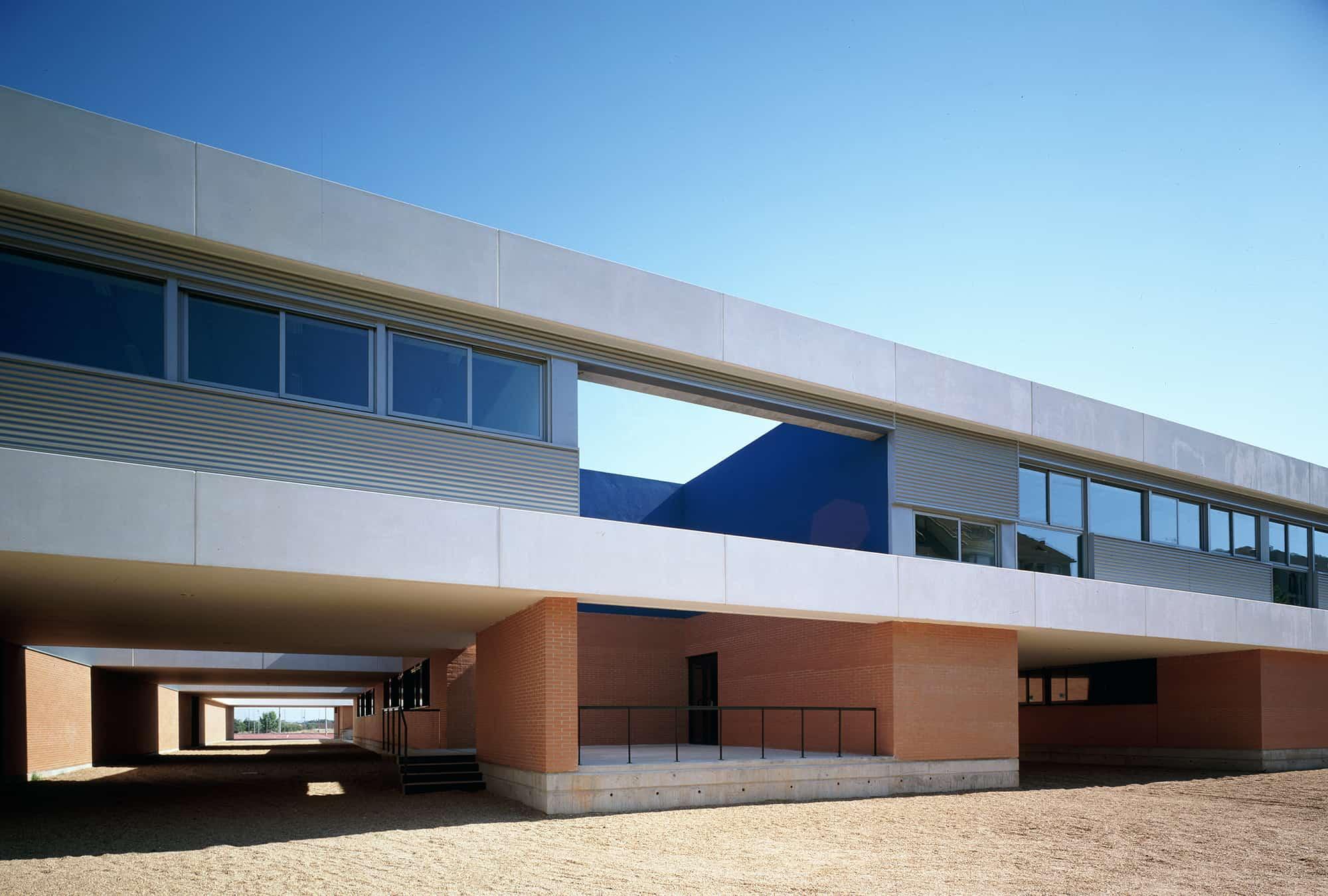 IES BADAJOZ - arquitectura escolar - LANDINEZ+REY | equipo L2G arquitectos, slp [ eL2Gaa ]
