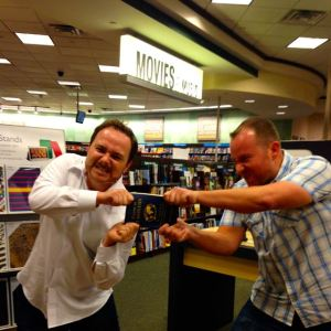 Book Battle with Benny Lewis