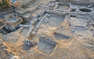 Ancient Estate and Garden Fountain Unearthed in Israel