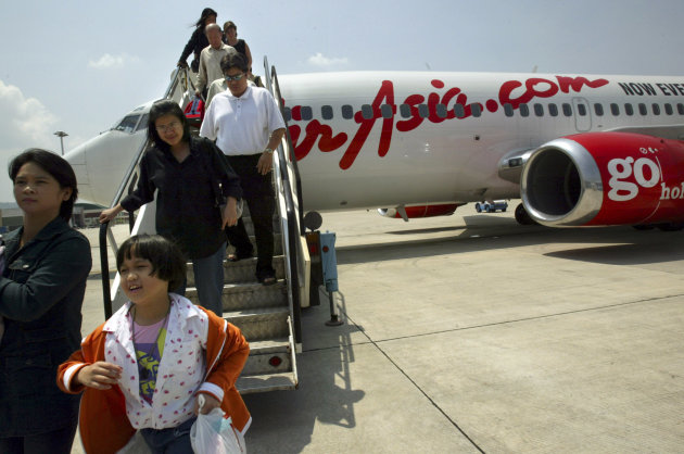 Budget Airliner Air Asia To Expand Routes To Indonesia