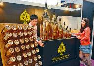 酒商擴貨源刺激內地市場