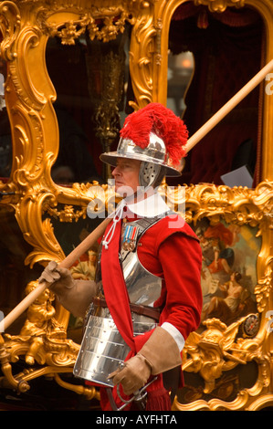 pikeman and gold state coach at the Lord Mayors Show 2007 ...