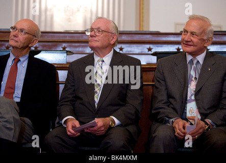 Buzz Aldrin Michael Collins Neil Armstrong and President