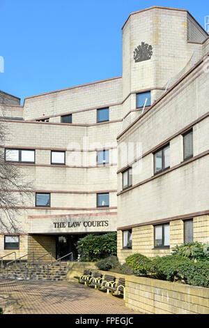 Croydon crown court entrance London UK Law Courts building ...