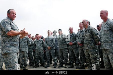 U.S. Air Force Gen. Philip Breedlove, left, the commanding ...