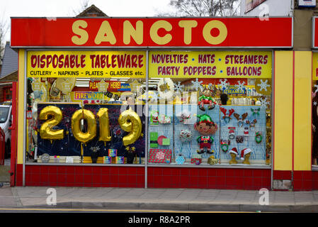 balloons 2019 New Year's Eve row arranged red black glossy ...