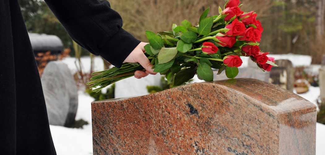 Friedhof | Foto: © Dan Race - Fotolia.com