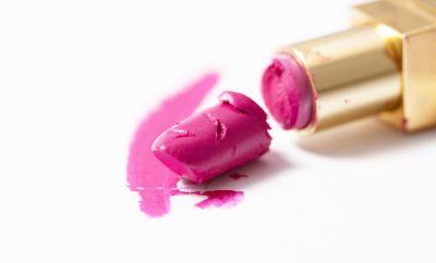 4 astuces pour réparer son make-up cassé