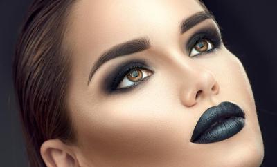 Un maquillage des fêtes parfait