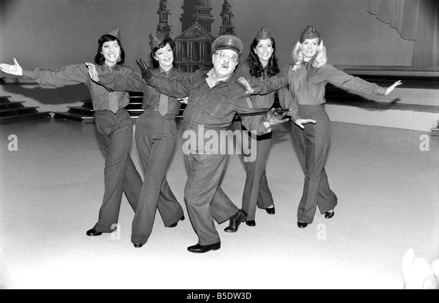 Dads Army Arthur Lowe Stock Photos Amp Dads Army Arthur Lowe Stock Images Alamy