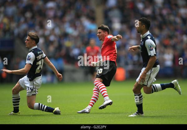 Barnsleys Adam Hammill Sides Goal Stock Photos & Barnsleys ...