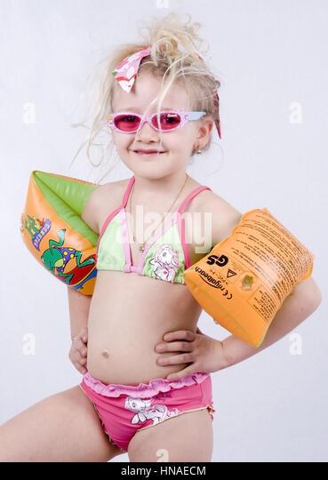 6 Year Old Girl Bath Stock Photos Amp 6 Year Old Girl Bath