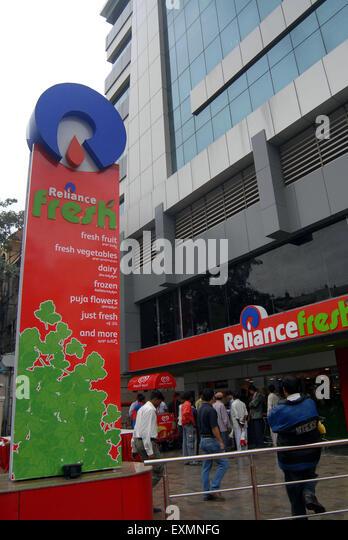Reliance Fresh Wagholi Address