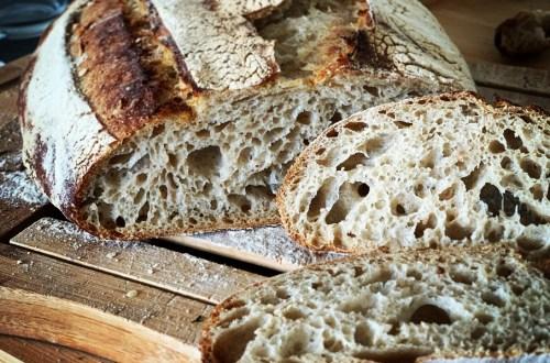 premier pain au levain