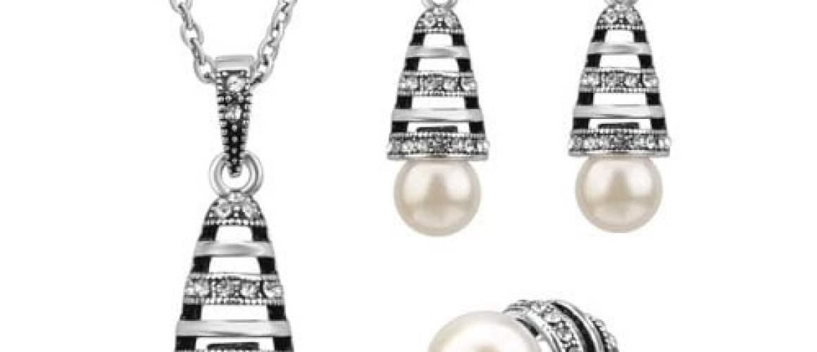 Ensemble de bijoux avec perles