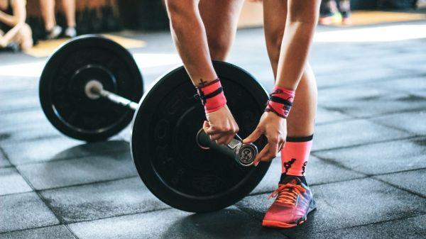 gimnasios-ejercicio-salud-gym-bienestar