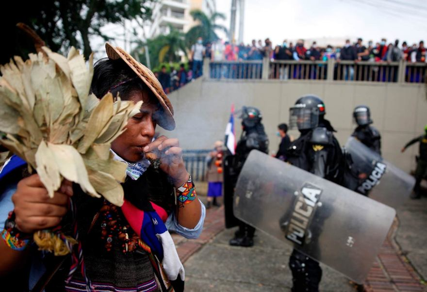 COLOMBIA protestas por ley tributaria, manifestaciones, duque