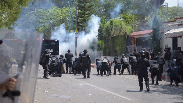 Foto protesta de normalistas
