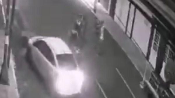Imagen del video de atropellamieno de las jóvenes en Iztacalco