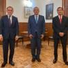 Foto de Rogelio Ramírez de la O, Arturo Herrera y AMLO