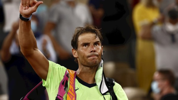 Foto Rafael Nadal al final de un juego