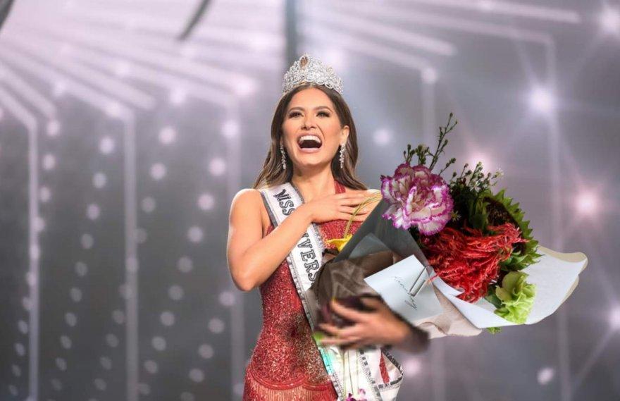 Certamen de belleza Miss Universo.
