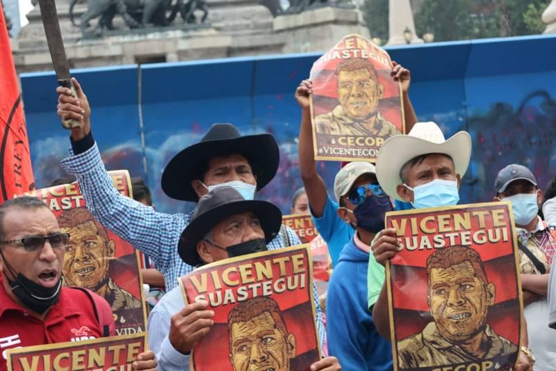 Foto de la marcha por los 43 de ayotzinapa