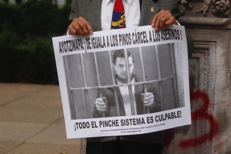 Foto de la marcha por ayotzinapa hoy