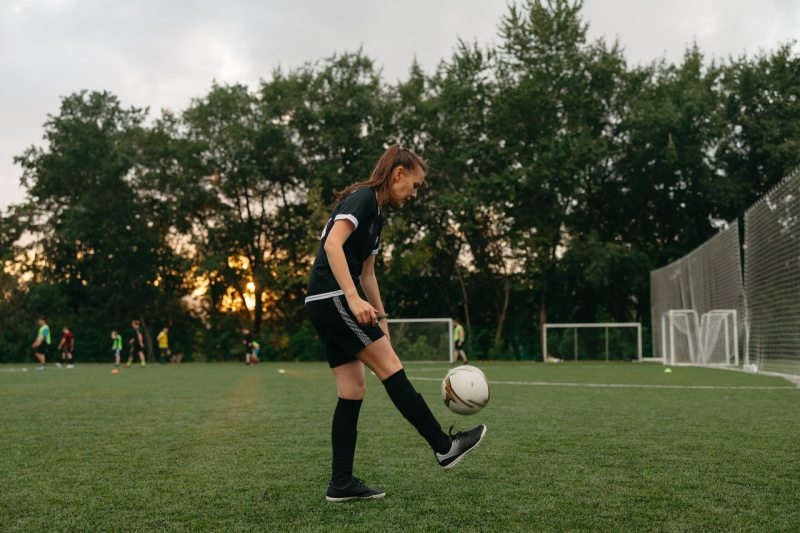 Federación de futbol ofrece igualdad salarial a selecciones femenil y varonil de EU