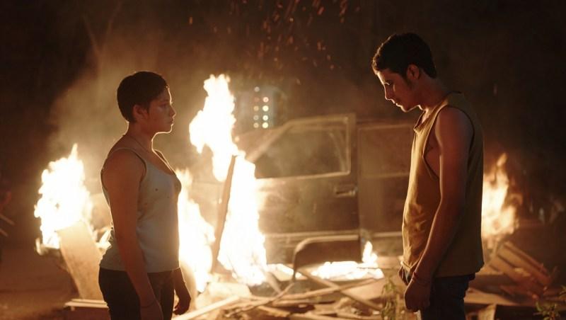 Escena de Noche de fuego, de Tatiana Huezo
