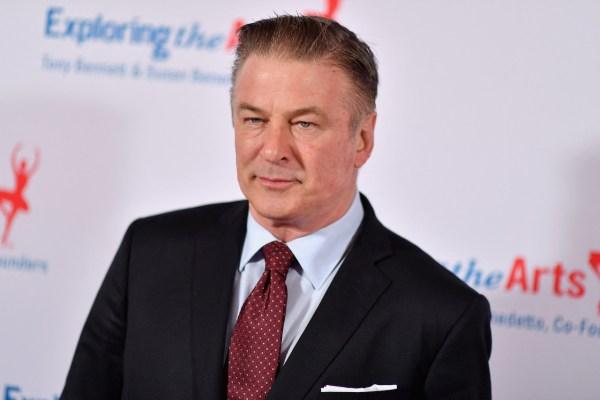 El asistente que dio el arma a Baldwin había sido despedido por un accidente similar en 2019