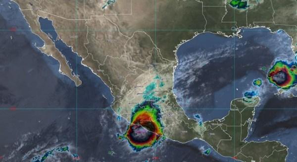 El huracán 'Rick' toca tierra en Guerrero: alertan de deslaves e inundaciones