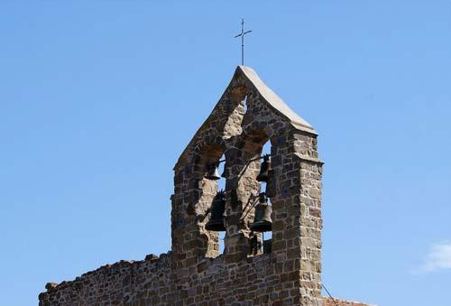 Clocher d'une église sans mur