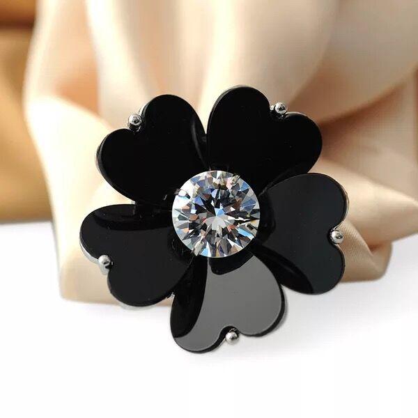 site réputé 74399 f0be2 Broche Vêtement Boucle Foulard Bijou Floral