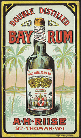 «Double distilled bay rum front» par Boston Public Library — Flickr: Double distilled bay rum [front]. Sous licence Domaine public via Wikimedia Commons - http://commons.wikimedia.org/wiki/File:Double_distilled_bay_rum_front.jpg#/media/File:Double_distilled_bay_rum_front.jpg