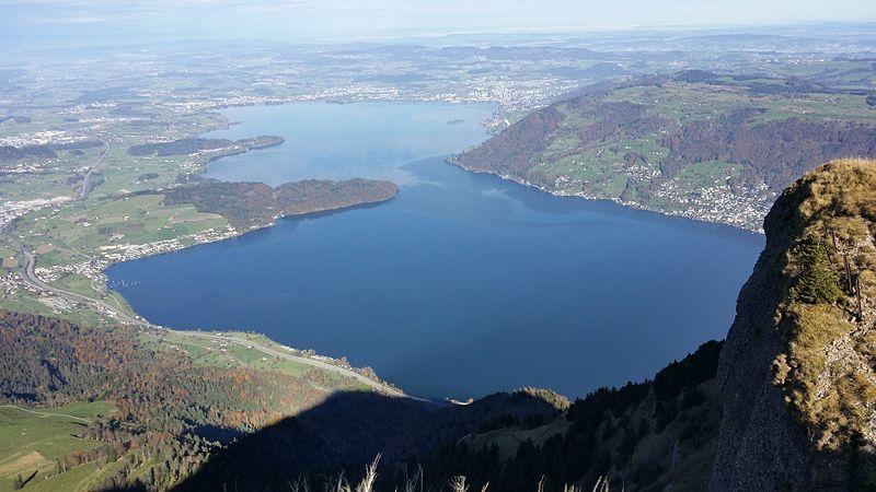 Lac de Zoug vu depuis le Rigi