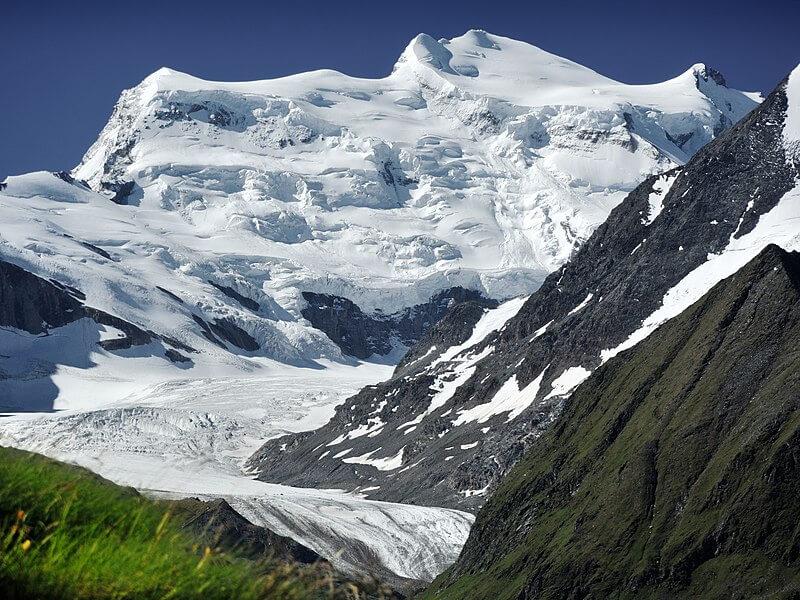 Le massif du Grand Combin