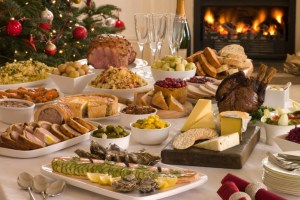 table_diner_de_noel_avec_nourriture