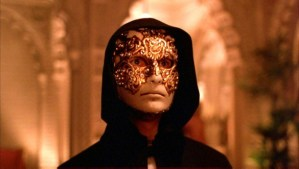 Eyes-Wide-Shut-Tom-Cruise