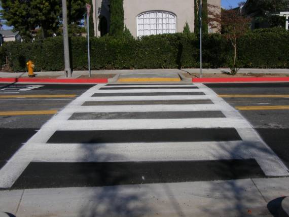 Pedestrian crossing, Vista at Ximeno