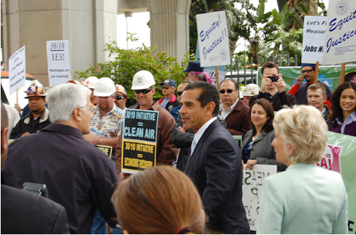 It's hard to imagine labor embracing 50-10 as they did 30/10.  Villaraigosa, pictured here with Congress Woman Jane Harman, addresses 30/10 at a labor rally last May.  Photo: ##http://www.flickr.com/photos/29300710@N08/##L.A. Streetsblog/Flickr##