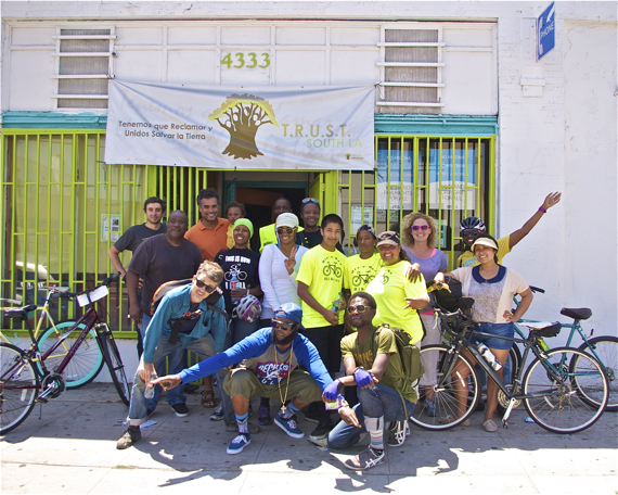 Participants from the Complete Streets this ride with the Mobility Advisory Council included representatives of TRUST South LA, Community Health Councils, LA's First Five, the East Side Riders, Los Angeles Walks, the LACBC, city planning, LADOT, Biz-e-Bee Bikers, and a couple extra folks thrown in for good measure. Sahra Sulaiman/LA Streetsblog