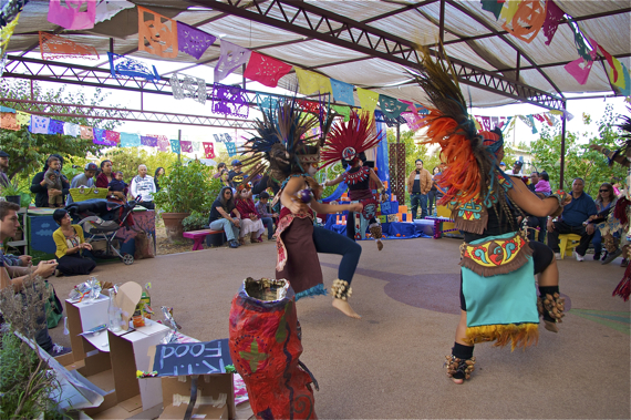 Dancers participate in a celebration of culture and healing at Proyecto Jardin. Sahra Sulaiman/Streetsblog L.A.