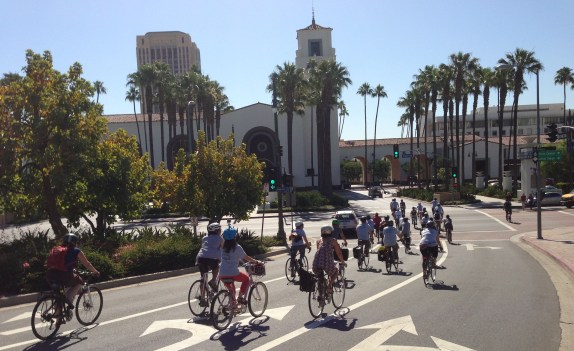 Cyclists descent into Los Angeles Union Station at the end of this morning's Bike Week Guided Ride. More ride photos on SBLA Facebook page. Photo: Joe Linton/Streetsblog L.A.