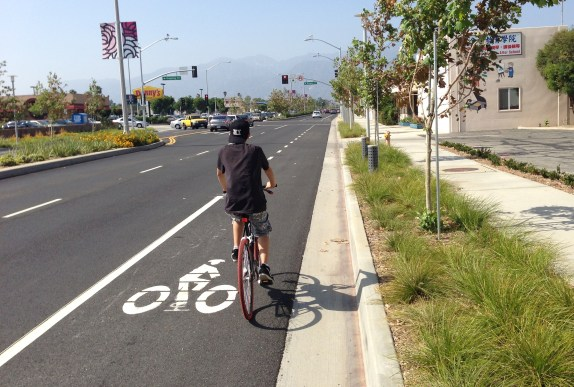 Portions of the Rosemead Boulevard Project feature basic curb-adjacent bike lanes.