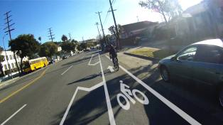 Rendering of the proposed buffered bike lane on North Figueroa Street. Image: Flying Pigeon L.A.