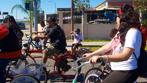 One of the younger riders surveys the scene during the Ride4Love. Sahra Sulaiman/Streetsblog L.A.
